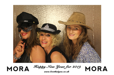 Single Picture Template for a Photo Booth Hire in Glasgow on New Years Eve.