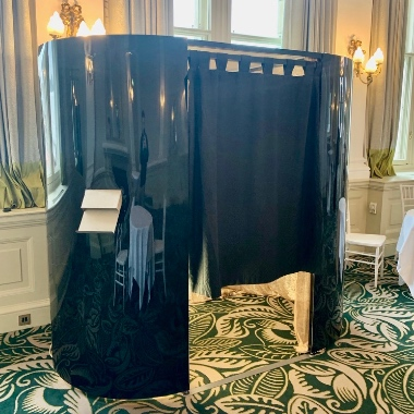 Black Gloss Photo Booth Hire